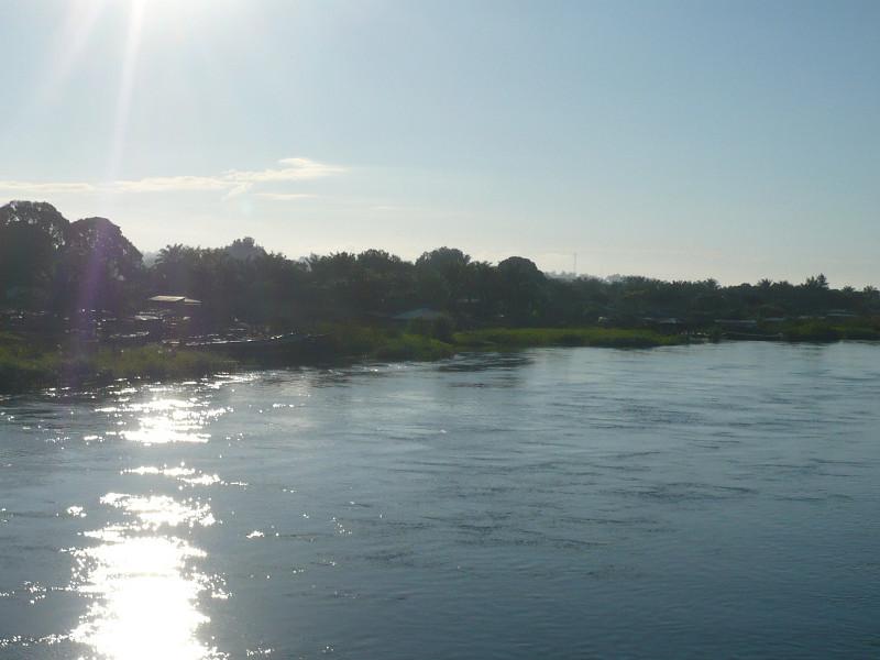 River_Lukuga,_Kalemia