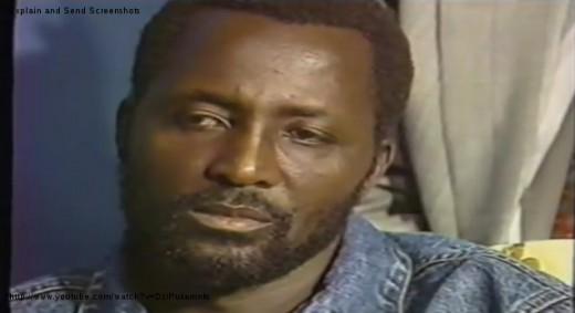Joseph MUKUNGUBILA, L'homme en Jean, lors du débat du siècle (1993 à la voix du Zaïre)