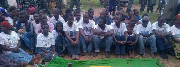 Disciples de Mukungubila arrêtés le 30 décembre 2013, présentés comme des terroristes parce qu'ils détenaient un drapeau du Zaïre ainsi que des outils de jardinerie et maçonnerie!