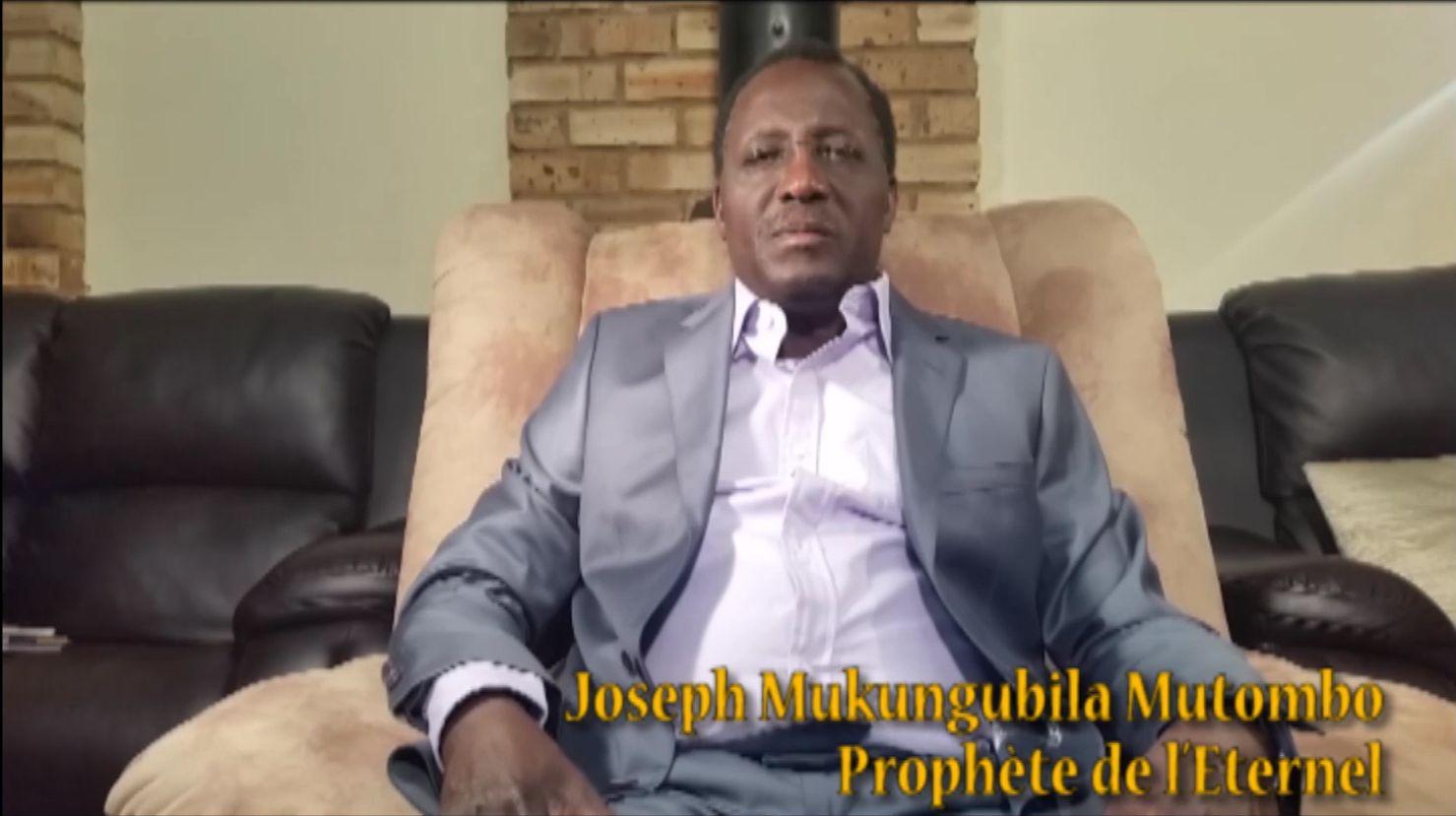 Le Prophète lors de son discours à l'occasion de la commémoration du 30 décembre 2016.