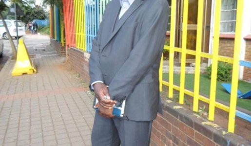 Suspension et interdiction de prise de parole publique pour Charlie Mingiedi Mbala N'Zeteke